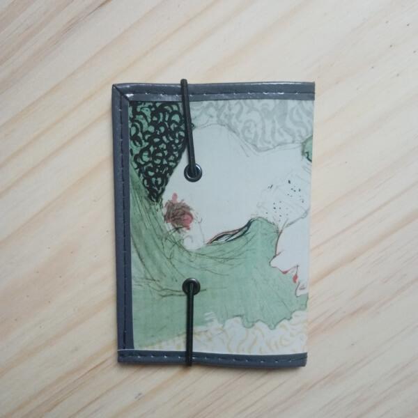 porte cartes et porte-carte d'identité motif femme peinture artisanal original art pièce unique