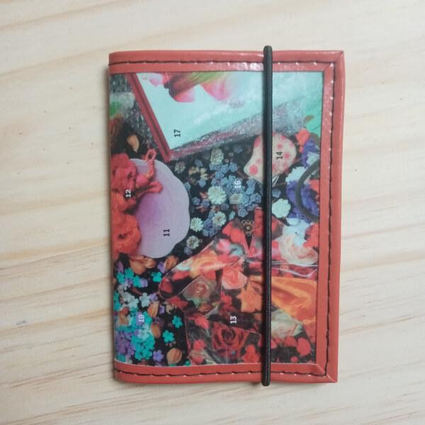 porte cartes et porte-carte d'identité recup magazine déco automne artisanal original pièce unique