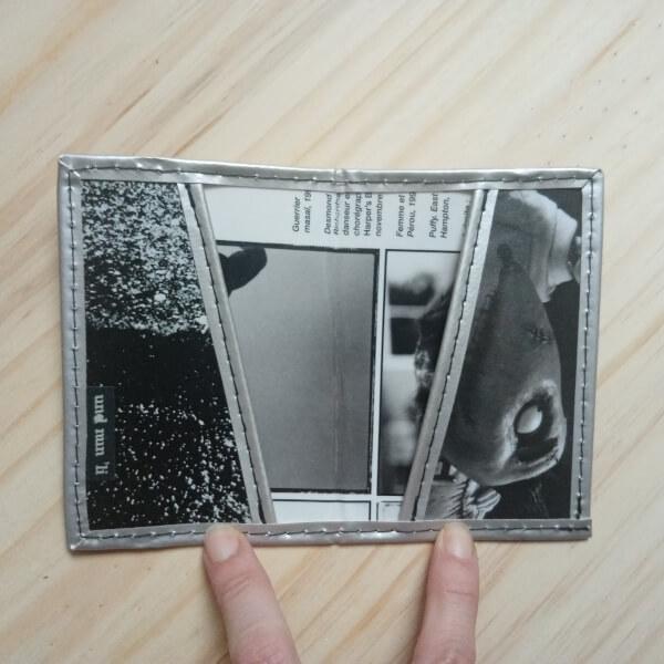 porte cartes et porte-carte d'identité recup magazine elephant gris argent artisanal original pièce unique